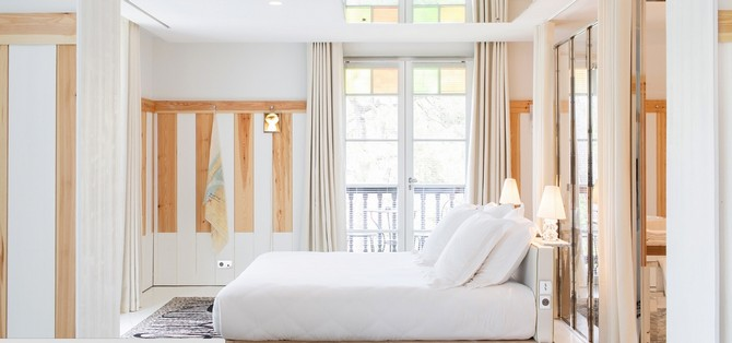 philippe starck designs h tel ha a tza a wonder of france bedroom ideas. Black Bedroom Furniture Sets. Home Design Ideas