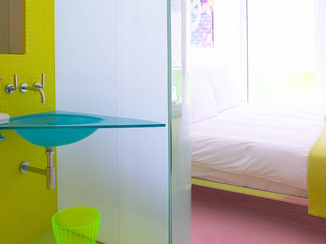 bedroom-ideas-karim-rashids-colorful-bedrooms-at-semiramis-hotel-3 bedroom ideas Bedroom Ideas: Karim Rashid's Colorful Bedrooms at Semiramis Hotel Bedroom Ideas Karim Rashids Colorful Bedrooms at Semiramis Hotel 3
