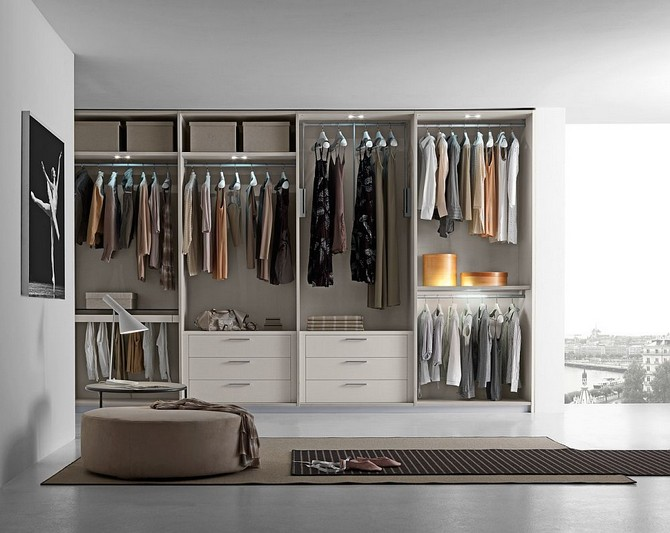 Get A Walk In Closet To Organize Your