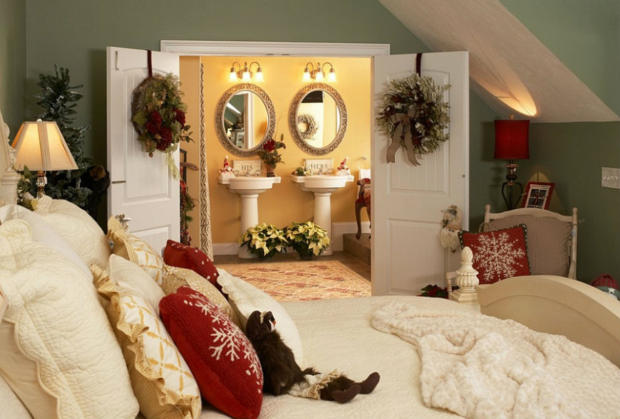 christmas-decorating-idea-for-the-master-bedroom bedroom decorating ideas Enter the Christmas Spirit with Creative Bedroom Decorating Ideas Christmas decorating idea for the master bedroom