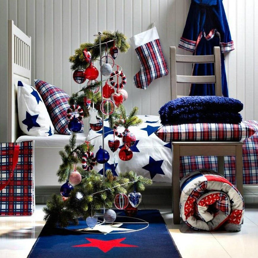 christmas-bedroom-ideas bedroom decorating ideas Enter the Christmas Spirit with Creative Bedroom Decorating Ideas christmas bedroom ideas