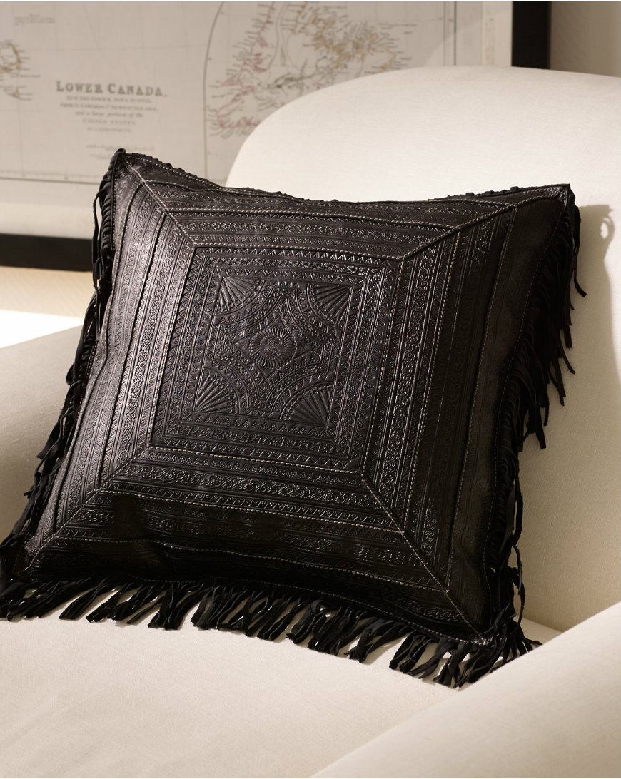 s7-1037195_lifestyle fringe trends Decorate Your Bedroom with Exceptional Fringe Trends s7 1037195 lifestyle 1