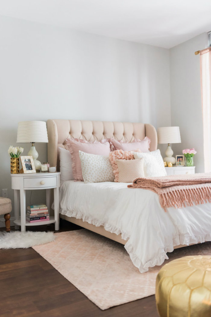 bows-sequins-bedroom Bedroom Ideas Bedroom Ideas – How to Pull Off the Most Glamorous Pink Bedrooms bows sequins bedroom