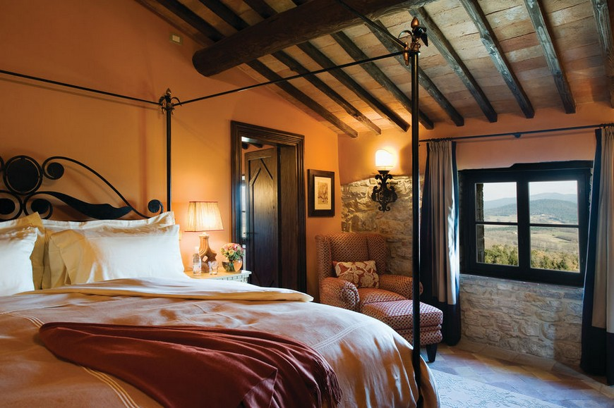 source expedia luxury hotels luxury hotels 10 Astonishing Bedroom Designs from Luxury Hotels in Italy source expedia