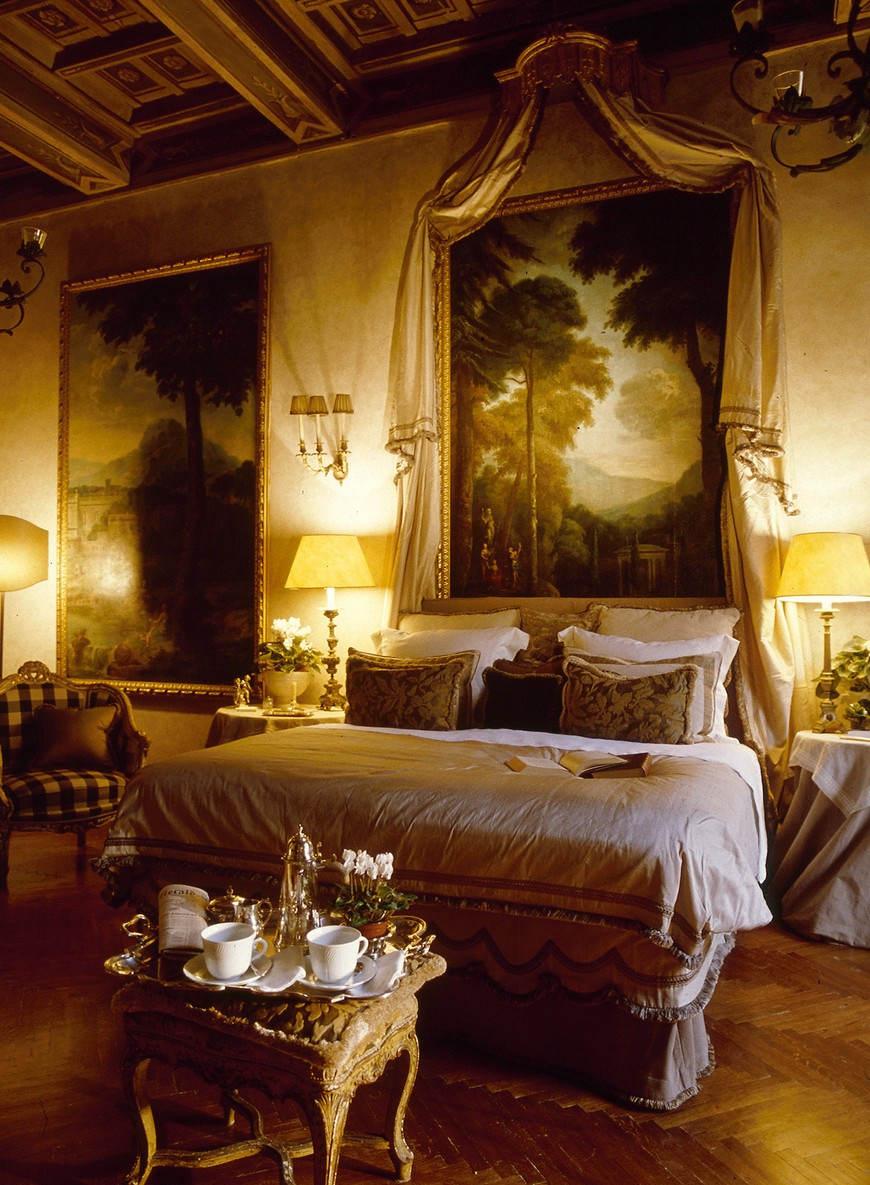 source rezidencia napoleone luxury hotels luxury hotels 10 Astonishing Bedroom Designs from Luxury Hotels in Italy source rezidencia napoleone