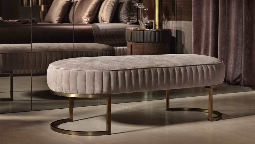 10 Stunning Luxury Benches to Embellish Your Bedroom Design 8 luxury benches 10 Stunning Luxury Benches to Embellish Your Bedroom Design 10 Stunning Luxury Benches to Embellish Your Bedroom Design 8