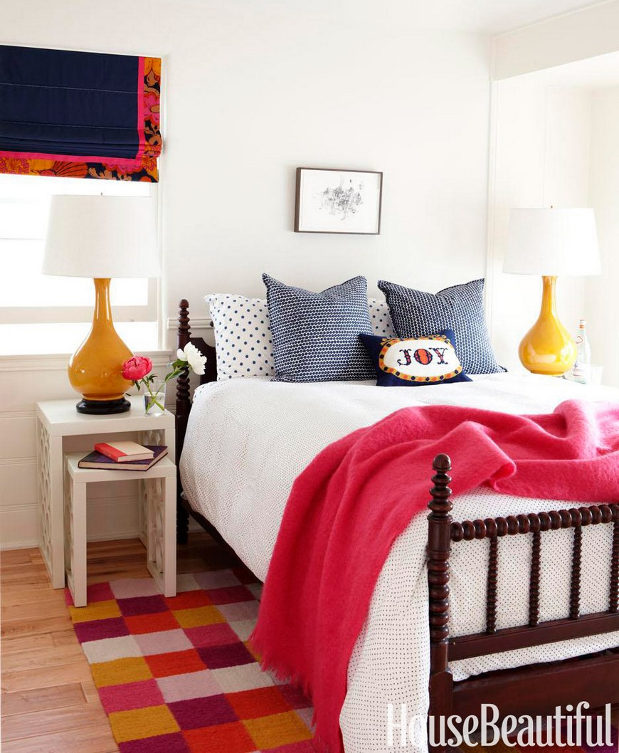 10 Design Tips On How To Cleverly Enhance Small Bedrooms