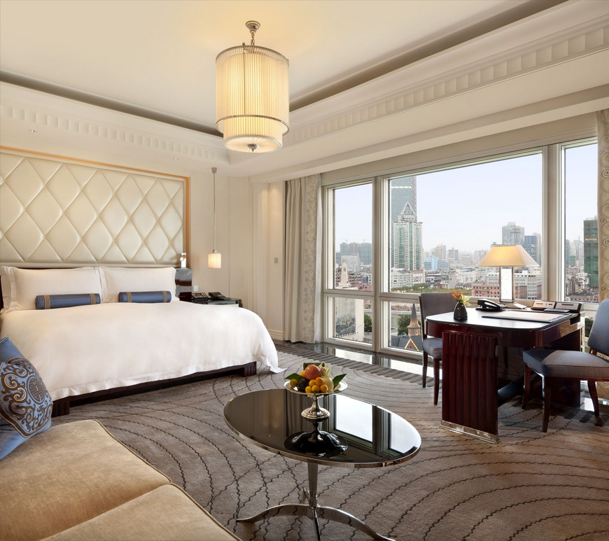5 Luxury Hotels that Have the Most Sumptuous Bedroom Suites 2 Luxury Hotels 5 Luxury Hotels that Have the Most Sumptuous Bedroom Suites 5 Luxury Hotels that Have the Most Sumptuous Bedroom Suites 2