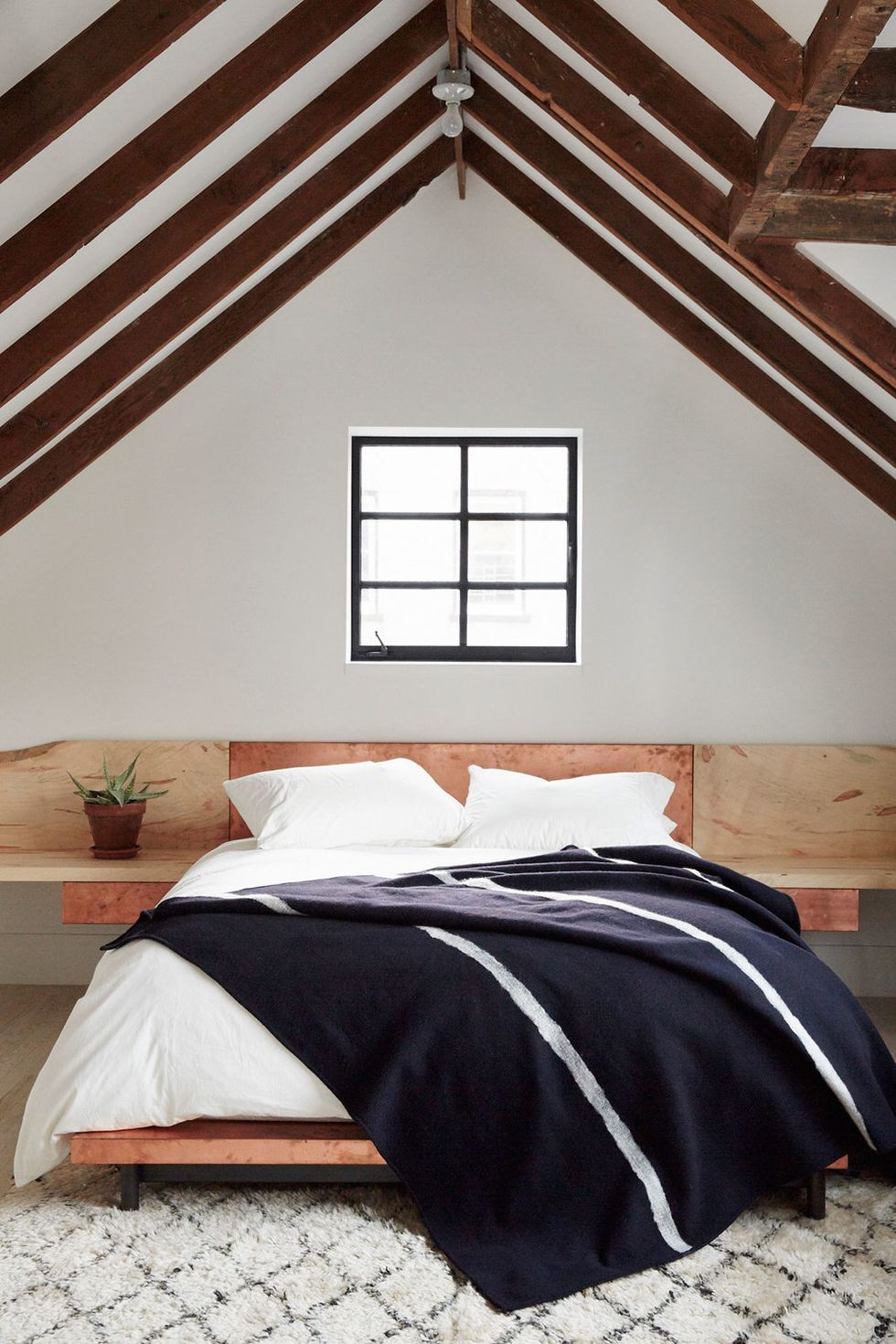 Bedroom Ceiling Ideas That You Need To Consider Now 5