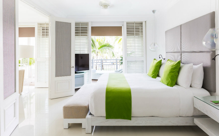 Bedrooms by Kelly Hoppen bedrooms by kelly hoppen Hotel Lux Belle Mare Mauritius Elegant Bedrooms by Kelly Hoppen Bedrooms by Kelly Hoppen