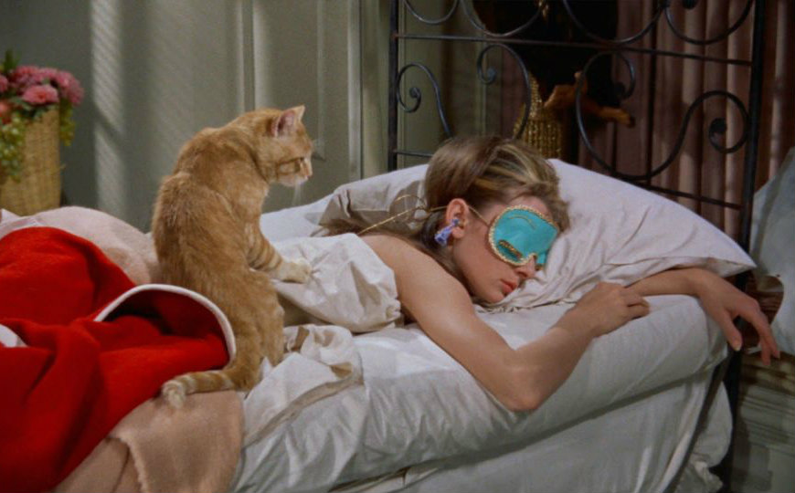 gallery-1441743453-breakfast-at-tiffanys classic movie bedroom These Classic Movie Bedrooms Will Give You a Sense of Nostalgia gallery 1441743453 breakfast at tiffanys
