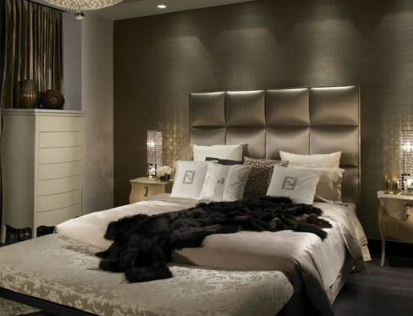 feat bedroom decor 8 Amazing Interior Design Ideas to Improve Your Bedroom Decor feat 600x460