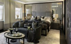 featured katharine pooley Discover 9 Mesmerizing Bedroom Designs by Katharine Pooley featured 2 240x150