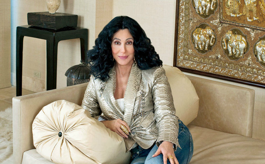 featured Cher An Inside Look to Cher's Fabulous California Homes featured 7