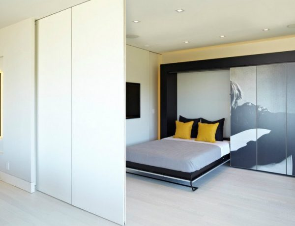 featured sliding doors A Series of Striking Bedroom Designs with Sliding Doors featured 11 600x460
