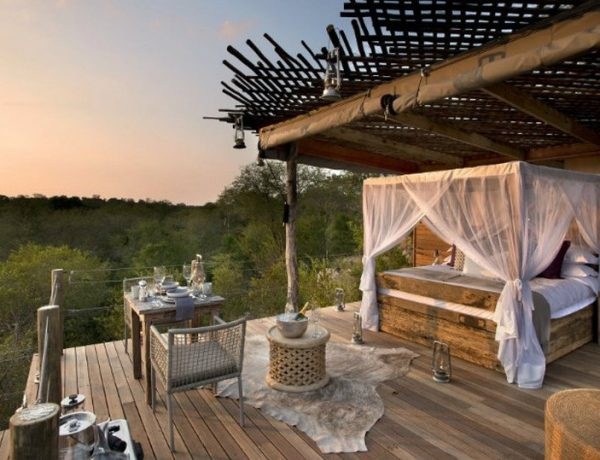 featured bedroom ideas 5 Stunning Outdoor Bedroom Ideas that Will Leave You Speechless featured 2 600x460