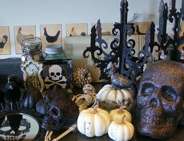 halloween decor ideas Stylish Halloween Decor Ideas to Use And Abuse In Your Bedroom Set FEATURED 600x460