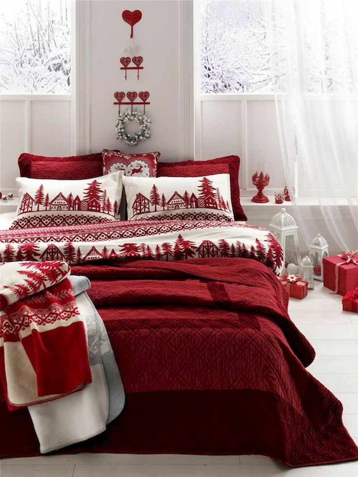 PSA These Are The Christmas Decorations Your Bedroom Needs christmas decorations PSA: These Are The Christmas Decorations Your Bedroom Needs PSA These Are The Christmas Decorations Your Bedroom Needs 1