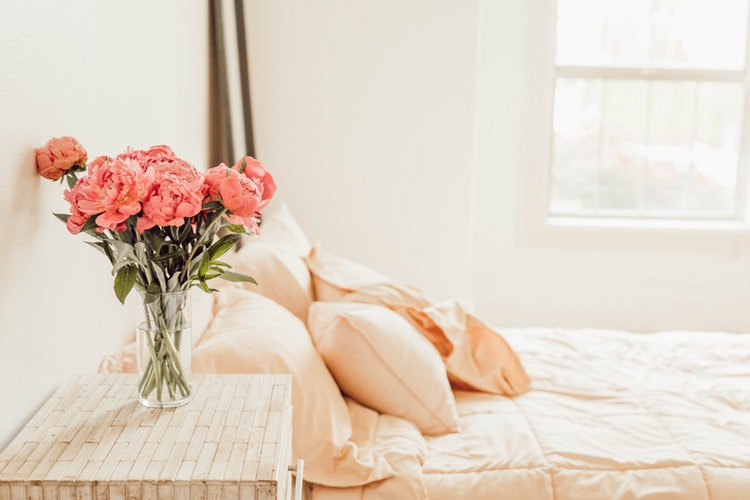 It's Time For Flower Power In Your Bedroom Decor! bedroom decor It's Time For Flower Power In Your Bedroom Decor! Its Time For Flower Power In Your Bedroom Decor 1