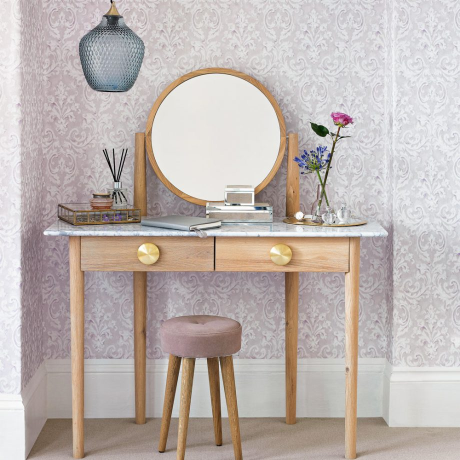 We Give You Ideas To Have A Cute Dressing Table Inside Your Bedroom 5 dressing table We Give You Ideas To Have A Cute Dressing Table Inside Your Bedroom We Give You Ideas To Have A Cute Dressing Table Inside Your Bedroom 5