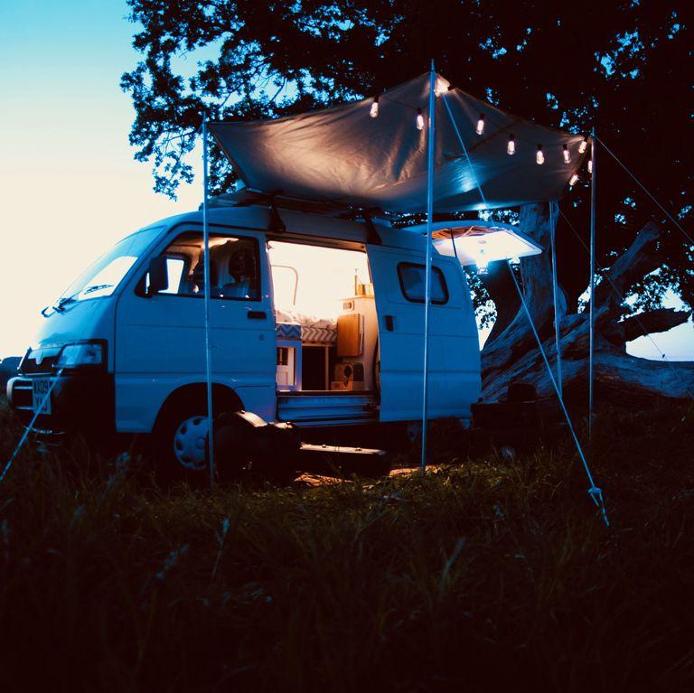 This Vintage Tiny Camper Van Has The Key Details F Stylish Bedroom 1 vintage tiny camper This Vintage Tiny Camper Van Has All The Key Details For Stylish Bedroom This Vintage Tiny Camper Van Has The Key Details F Stylish Bedroom 5