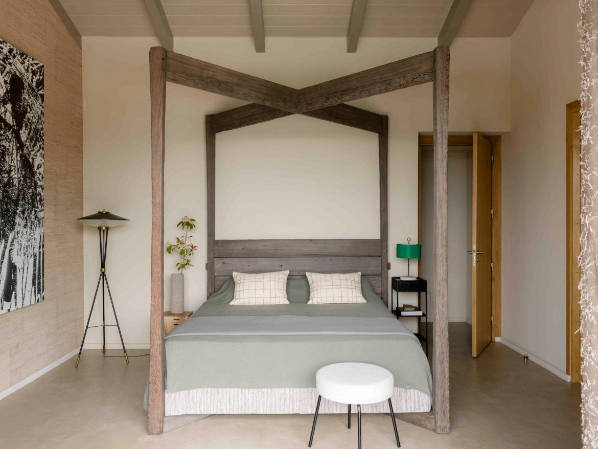 Bedrooms by Jean-Louis Deniot 4 bedrooms by jean-louis deniot Sophisticated Bedrooms by Jean-Louis Deniot Bedrooms by Jean Louis Deniot 2