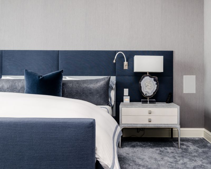 How To Create A Stunning Blue Bedroom blue bedroom How To Create  A Stunning Blue Bedroom How To Create A Stunning Blue Bedroom4