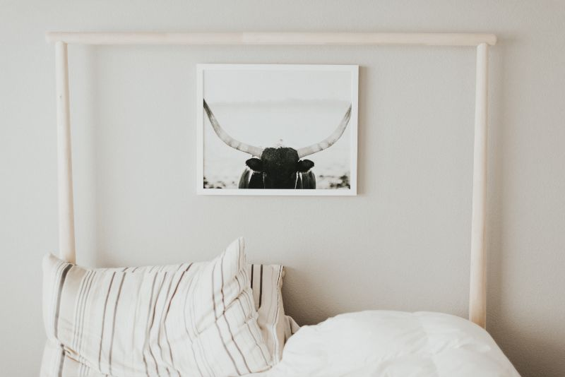 6 Ways To Make Your Tiny Bedroom Big In Style bedroom decor 6 Ways To Make Your Tiny Bedroom Decor Big In Style samantha gades 1WTRatWlJvA unsplash