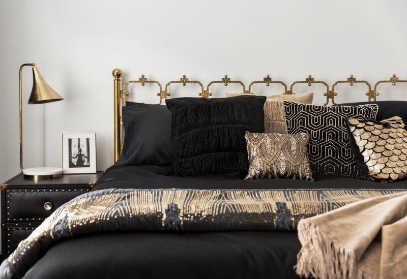 10 Bedroom Decor Styles That Are a Must-Have in 2020 bedroom design trends 10 Bedroom Design Trends That Are a Must-Have in 2020 Art Deco Bedroom 2 retina 499279 1