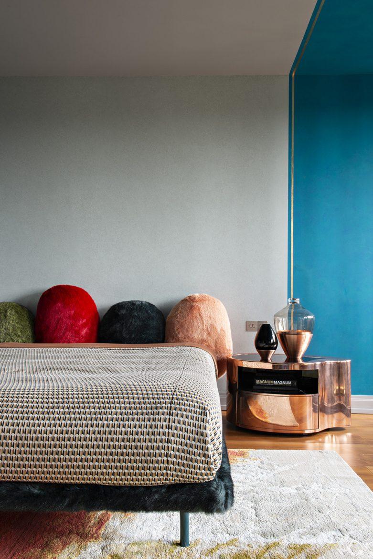 Unforgettable Modern Bedrooms by Art Bureau 1/1 modern bedrooms Unforgettable Modern Bedrooms by Art Bureau 1/1 940x1408 1 f69628ebf51e44dcee37094095f90fc7 1000x1498 0xac120002 17506649361540903881 scaled